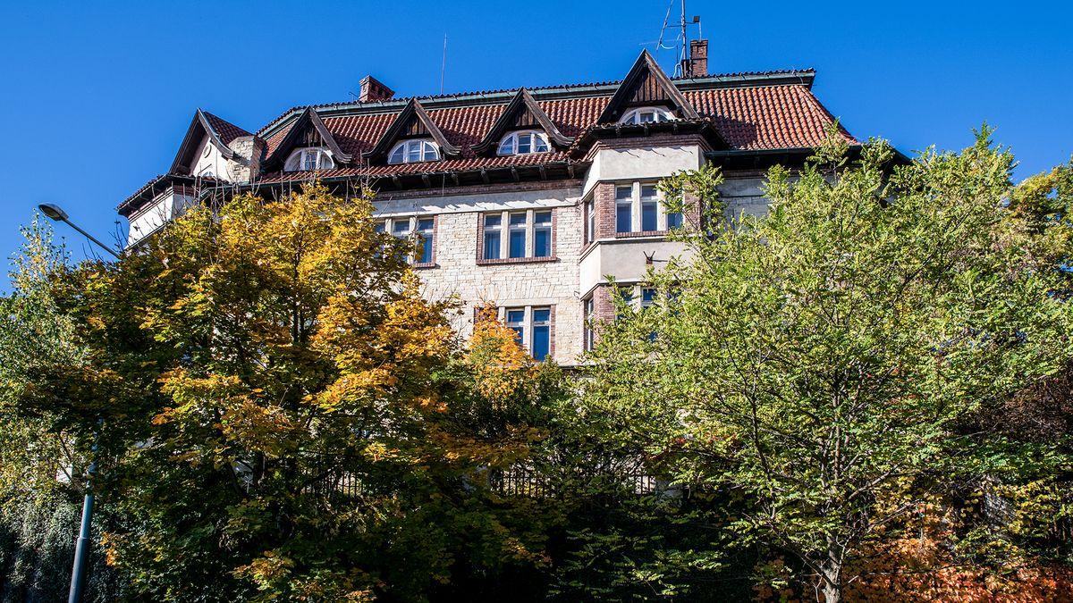 Rodina miliardáře chce bourat pražskou vilu. Její plán se bortí
