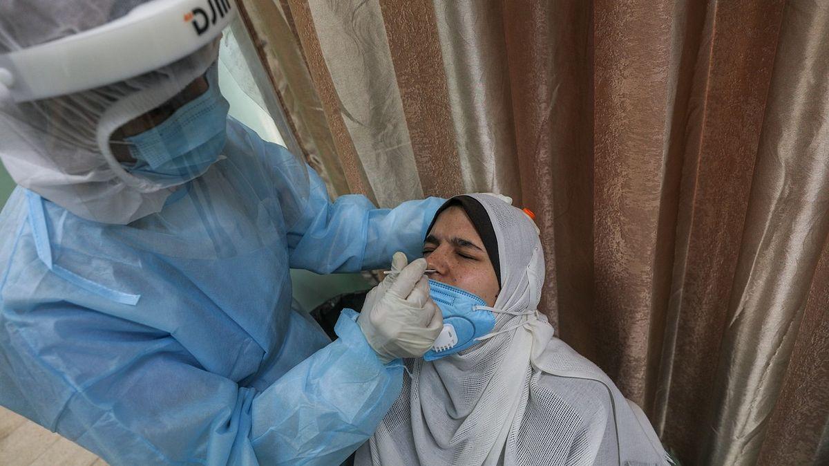 Zdravotnictví Pásma Gazy je na pokraji kolapsu. Chybí ventilátory idisciplína