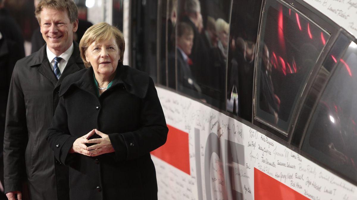 Němci se bojí nakažlivějších mutací. Vymýšlejí úplně nový druh lockdownu