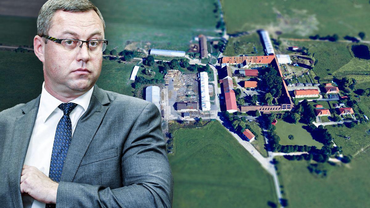 Přítel nejvyššího žalobce chtěl pozemky. Hlásil se usoudu