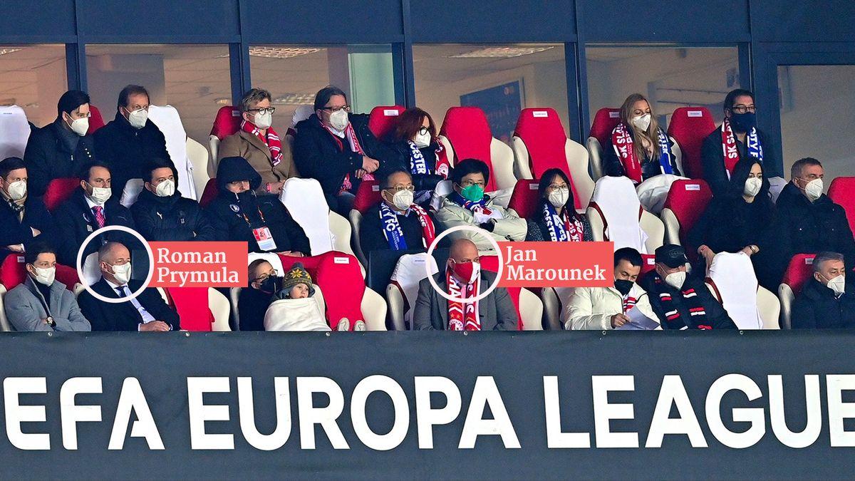 Na fotbale sPrymulou mezi VIP seděl iBlatného úředník. Přišel omísto