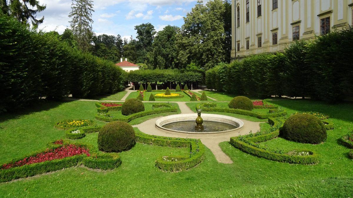 Mezinárodní den památek oslaví NPÚ vstupem zdarma do vybraných zahrad a parků
