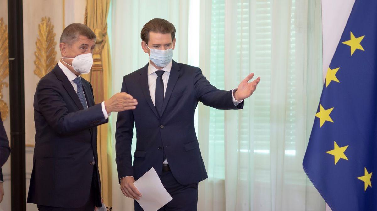 Babiš a další premiéři chtějí summit EU opřidělování vakcín