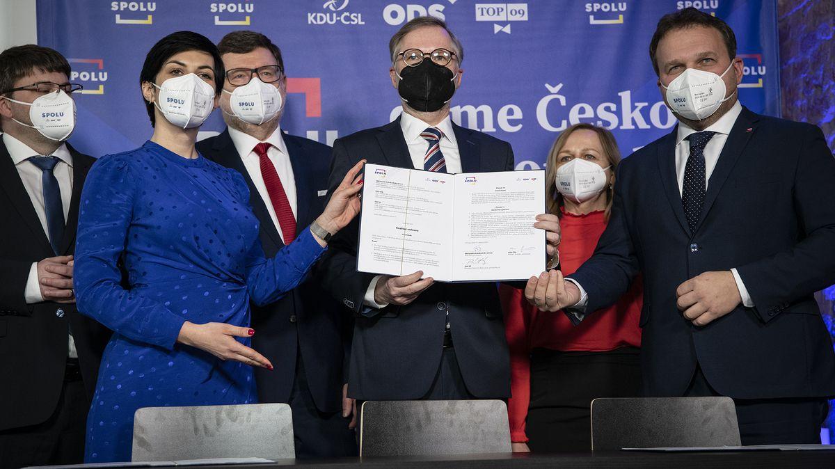 Pekarová vPraze, Fiala na jihu Moravy. Koalice Spolu představila kandidátky