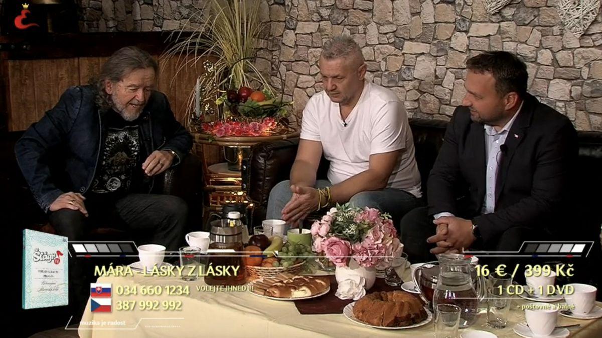 Muzikant Jurečka vystoupil na Šlágru. Spolu to raději zahrnulo do kampaně