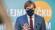 Ministr Vojtěch informuje ovývoji epidemie: Jedeme podle rizikovéhoscénáře
