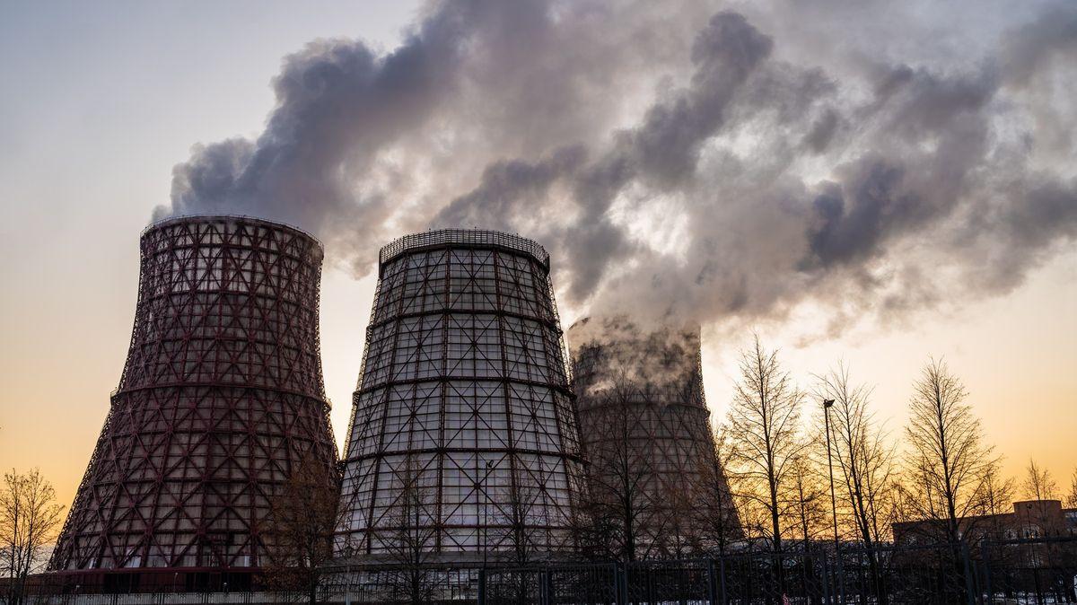 Konec uhlí se blíží. Čína přestane financovat uhelné elektrárny vzámoří
