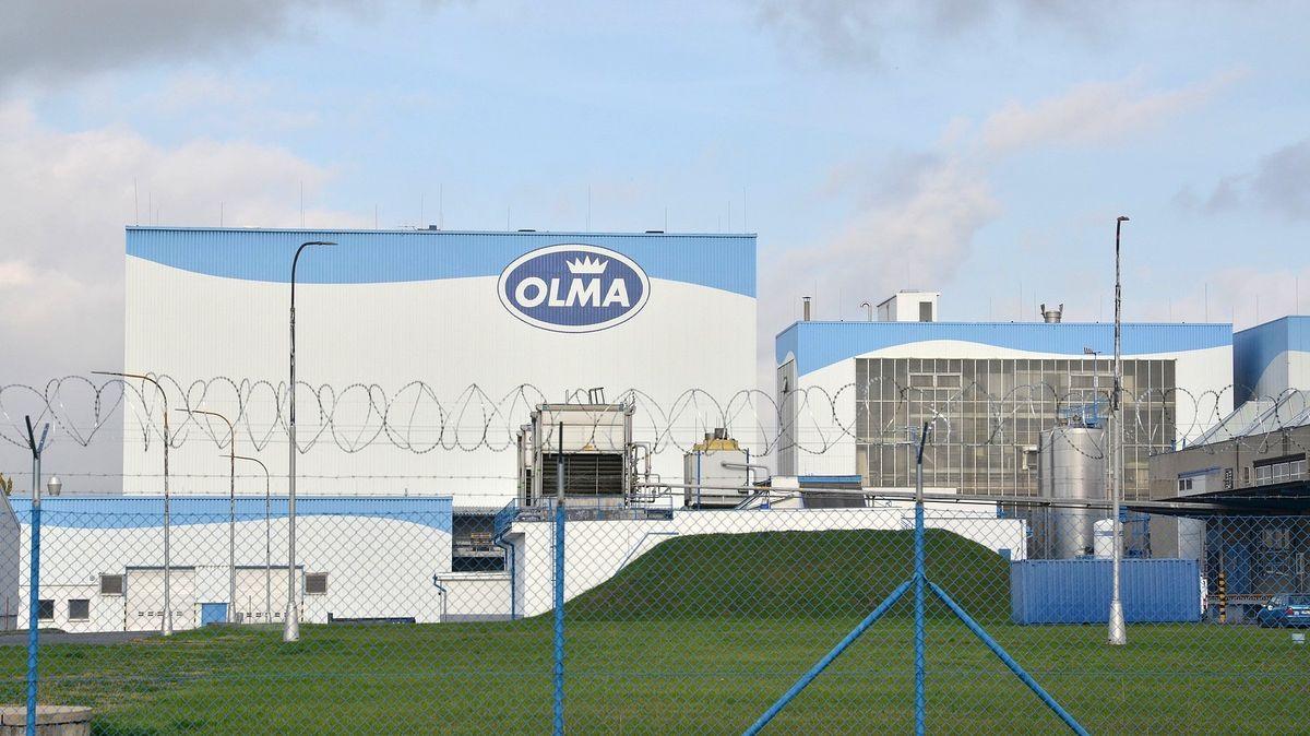 Mlékárna Olma stahuje čerstvé mléko. Způsobovalo lidem zažívací potíže