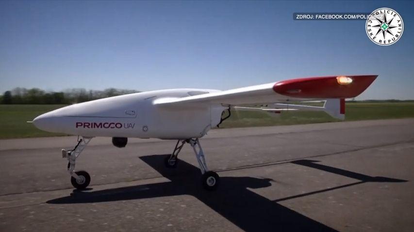 Policie testovala těžký dron, mohl by doplnit konvenční vrtulníky