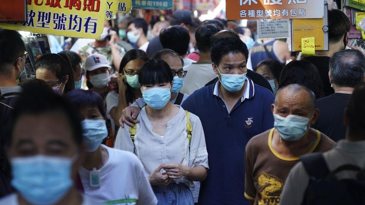 Toaletní papír a rýže na příděl. Hongkong se chystá na třetí vlnu