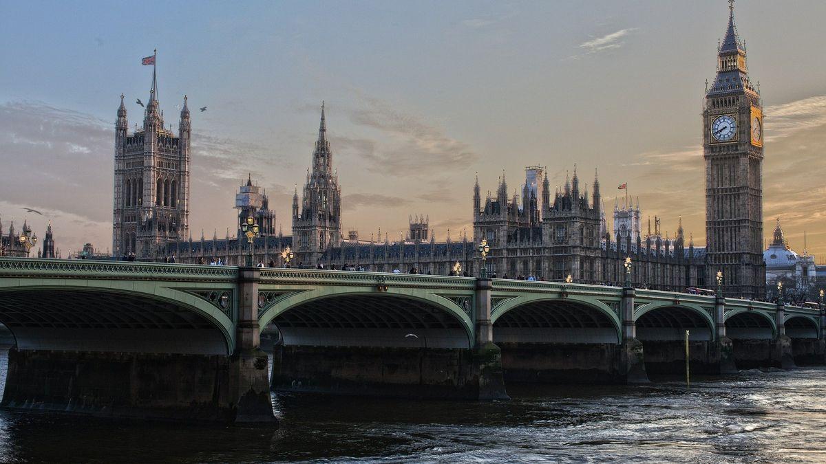 Kvůli brexitu se zLondýna vypařilo 7500perfektně placených míst