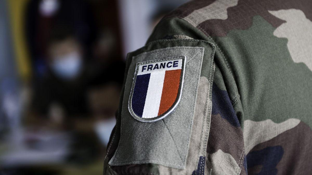 VMali zahynuli tři francouzští vojáci. Vzemi působí iČeši