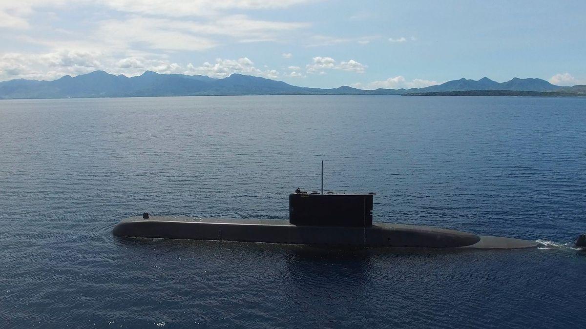 Indonéské námořnictvo zřejmě nalezlo trosky pohřešované ponorky
