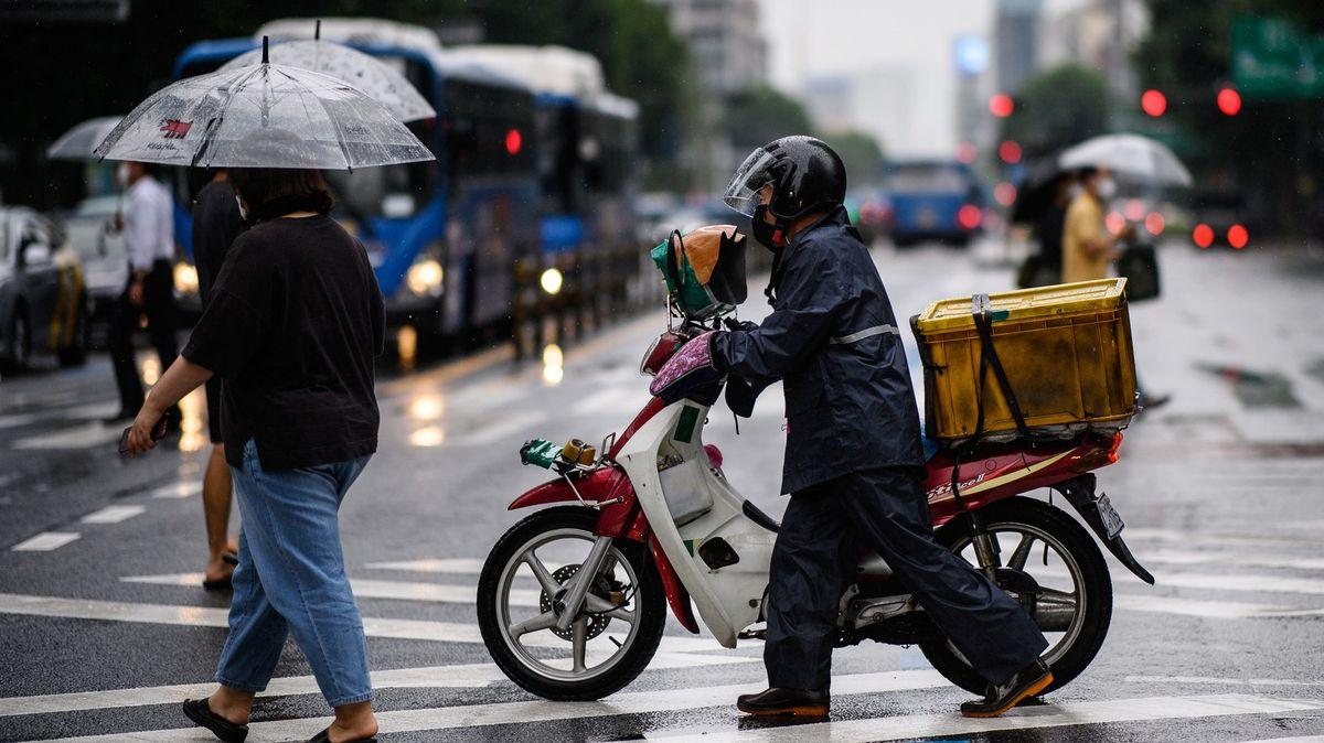 Snižování rychlosti ve městech se šíří. Vzemi stisíci nehod jdou aspoň na 50