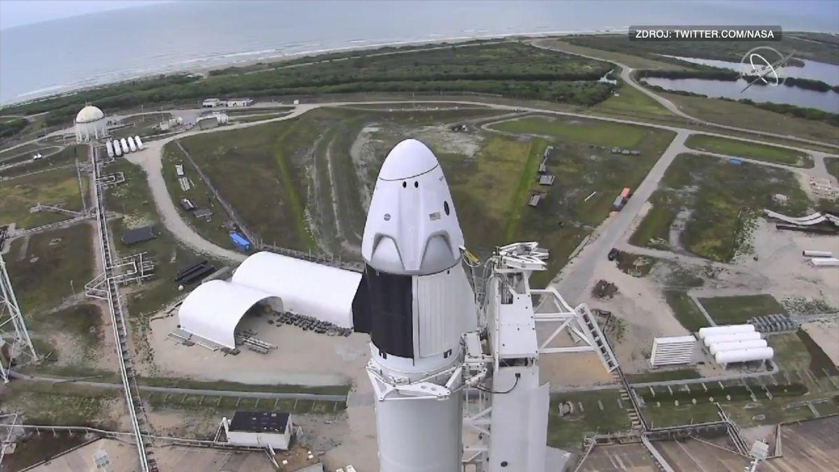 Vesmírný let SpaceX zmařilo počasí. Další pokus ostart bude vsobotu