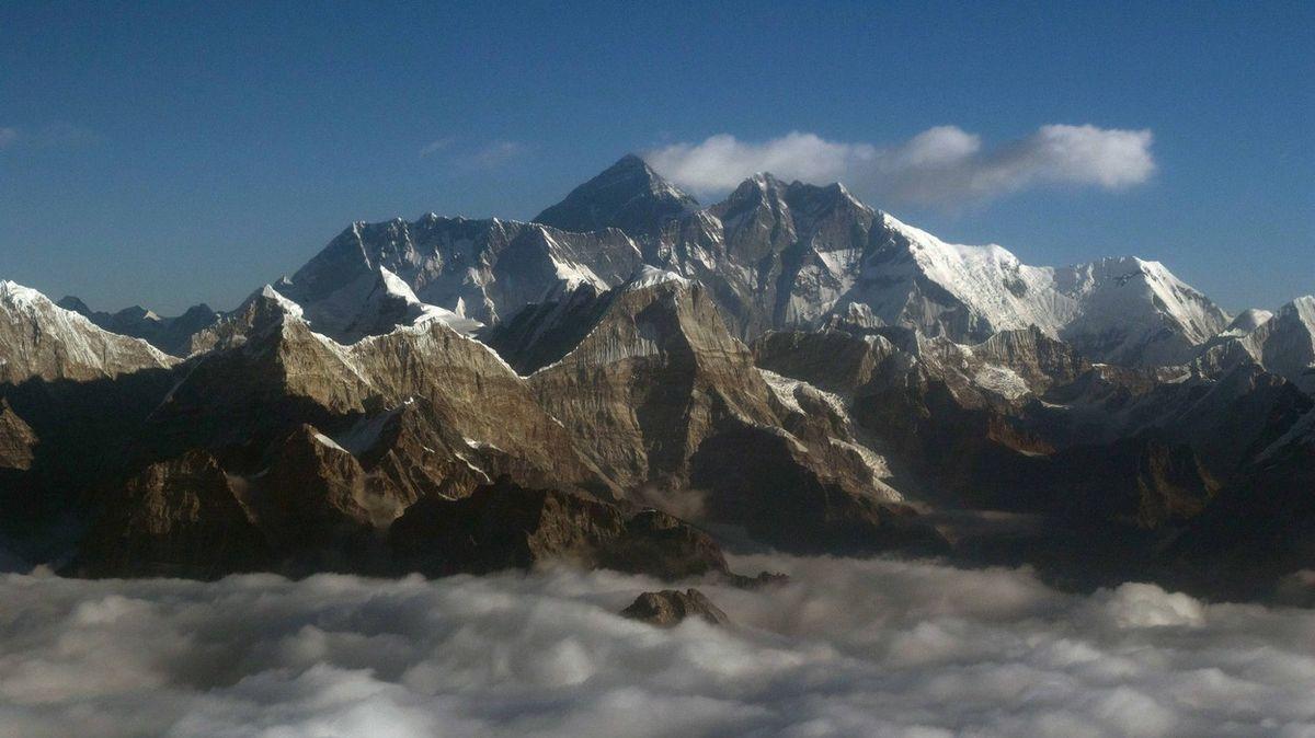 Je jasno. Čína a Nepál se shodly na výšce Mount Everestu
