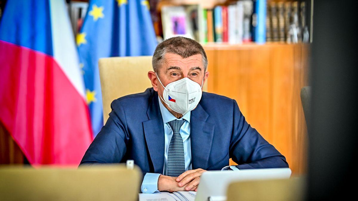 Sabina Slonková: Co mají zakrýt čistky ve vládě