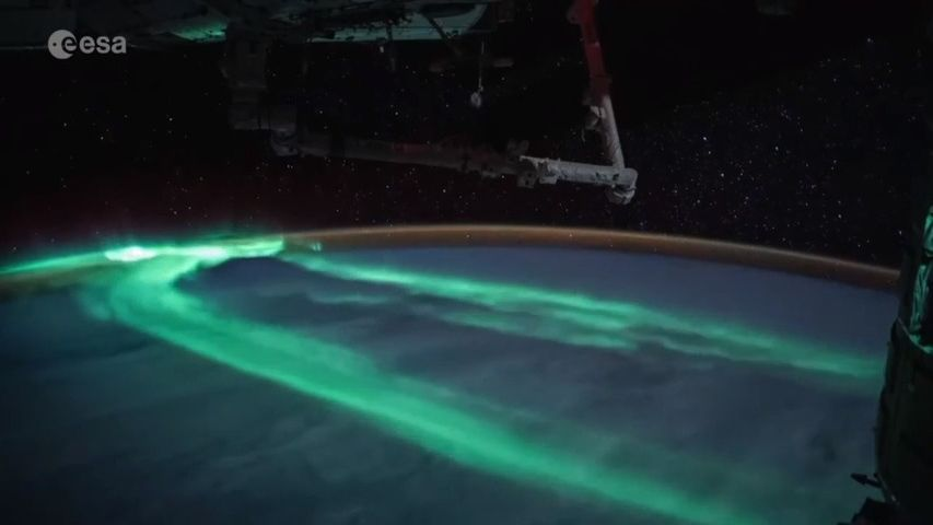 Video: Francouzský astronaut natočil zvesmíru působivou polární záři