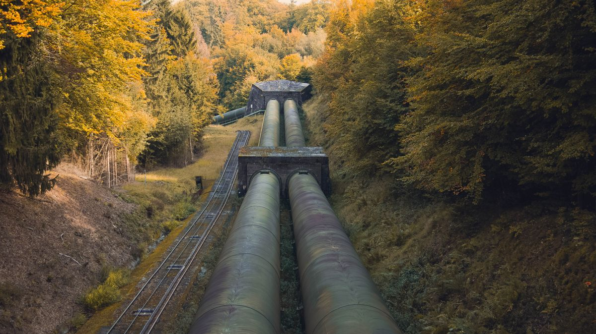 Proč je plyn drahý, když sezóna ještě nezačala? Rusové nestíhají