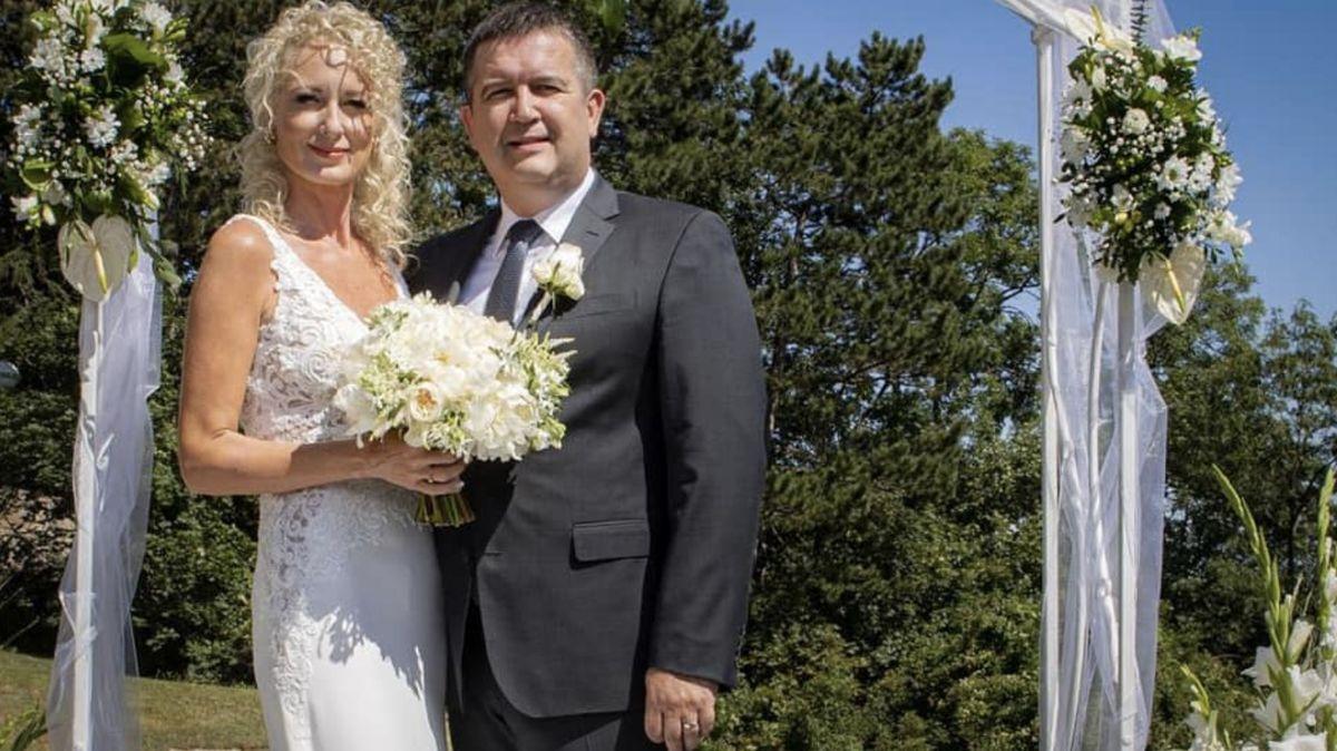 Hamáček onové manželce: Pracovali jsme spolu a zamilovali se. To neovlivníte