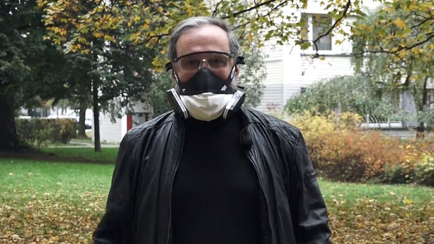 Glosa: Koušu jen zlé a neschopné politiky