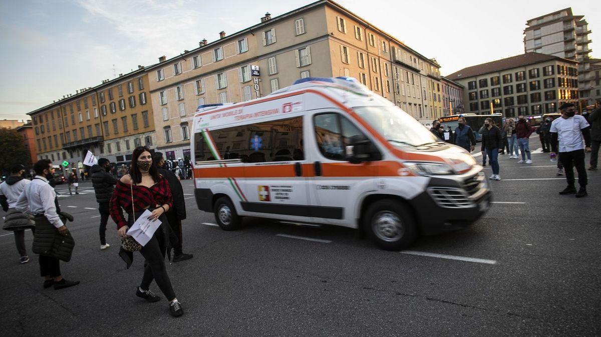 Itálie na jaře přežila tvrdou covidovou ránu. Krize ale pokračuje