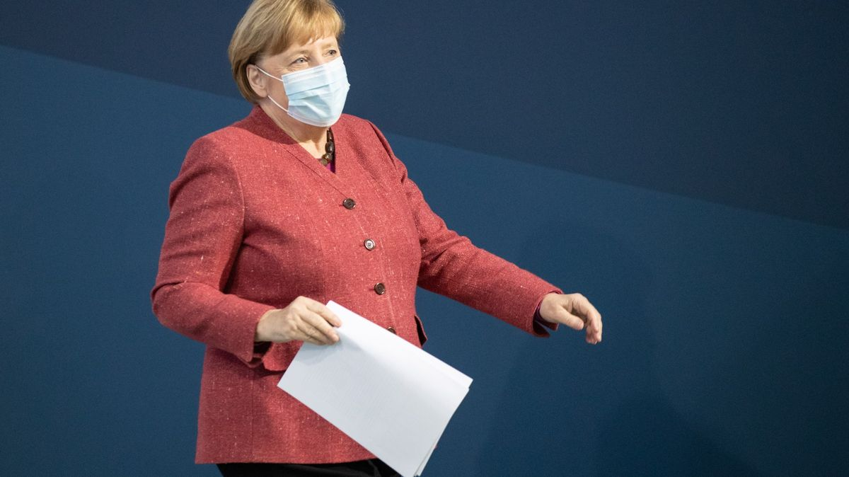 Německo nechá školy otevřené. Je to priorita, říká Merkelová