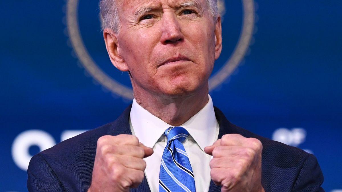 """""""Musíme jednat hned."""" Biden představil nákladný balík koronavirové úlevy"""
