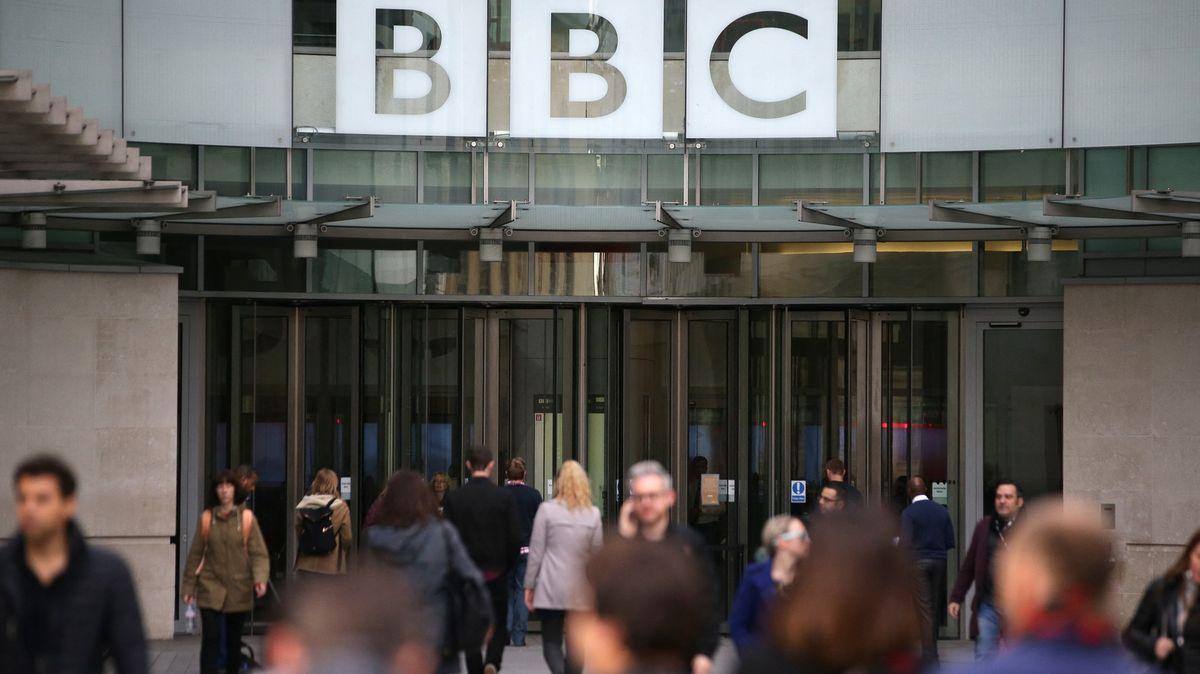 Čínská odveta. Vysílání BBC vzemi končí