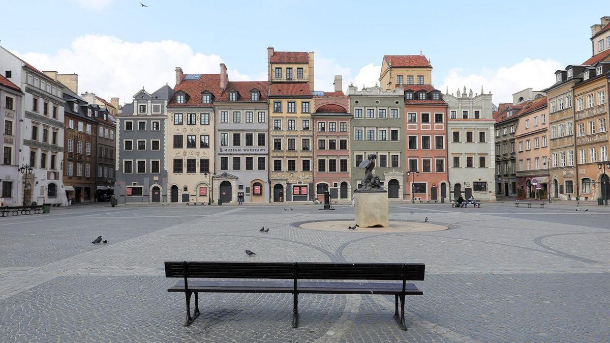 """""""Bude to tragédie."""" Měsíc po rozvolnění se Polsko vrací klockdownu"""