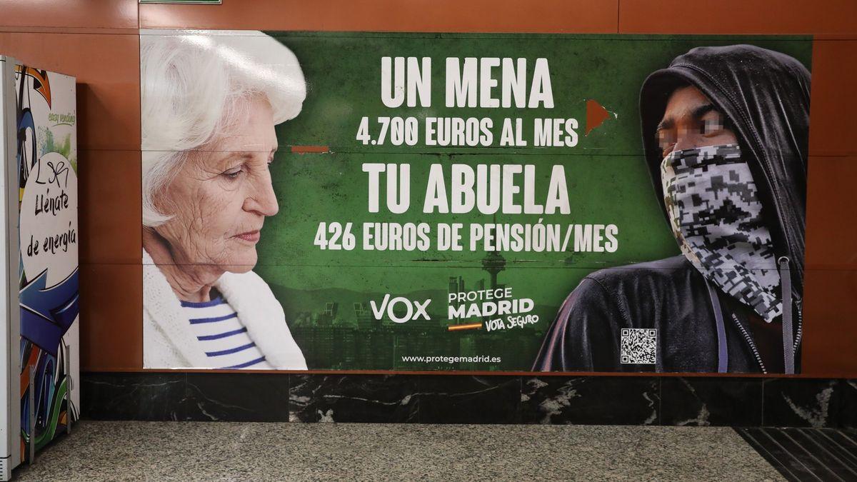 Billboardy útočící na menšiny rozštěpily politickou scénu ve Španělsku