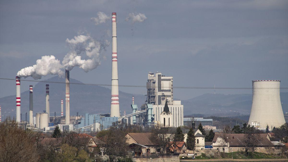 Komentář: Vláda kašle na energetiku. Arozjíždí se velký dotační tanec