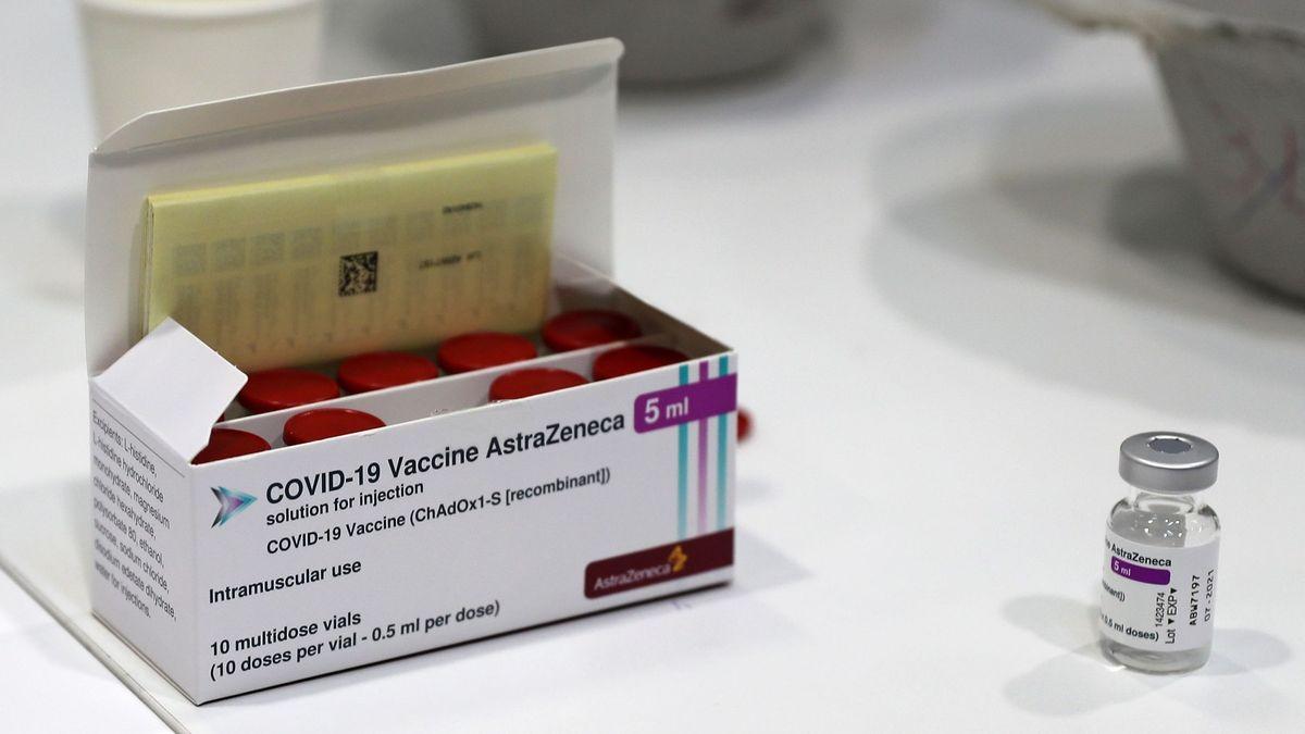 Víc, než potřebují. USA se chtějí podělit ovakcínu AstraZeneca