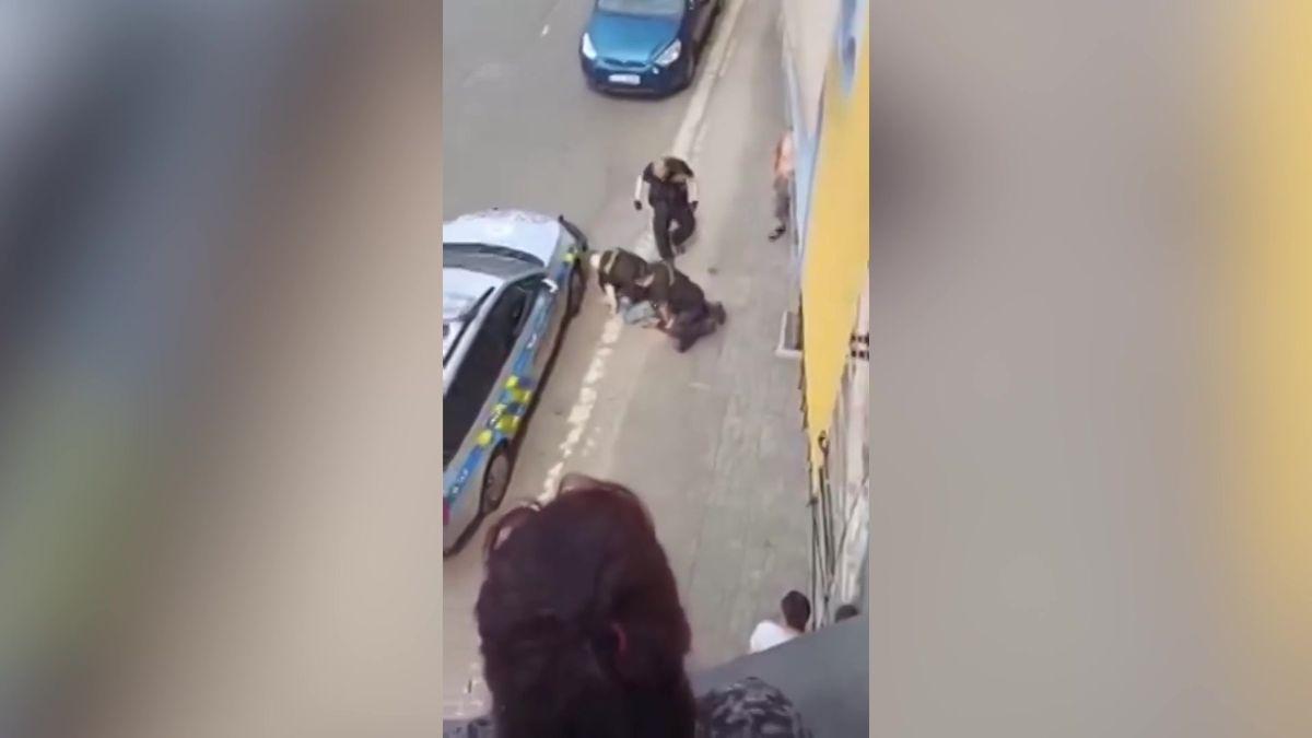 Muže vTeplicích nezabili policisté, tvrdí pitevní zpráva