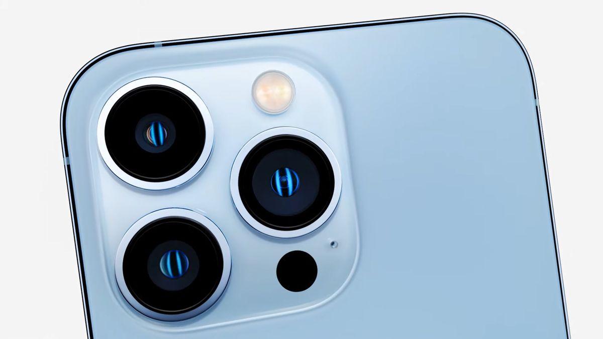 """""""Filmařská"""" kamera, posilovna vhodinkách. Nový iPhone je opět nejrychlejší"""