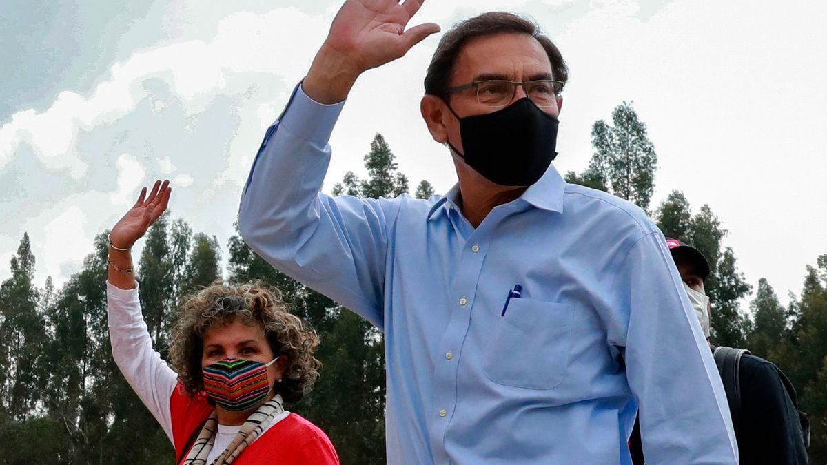 Martín Vizcarra končí. Peruánští poslanci sesadili prezidenta