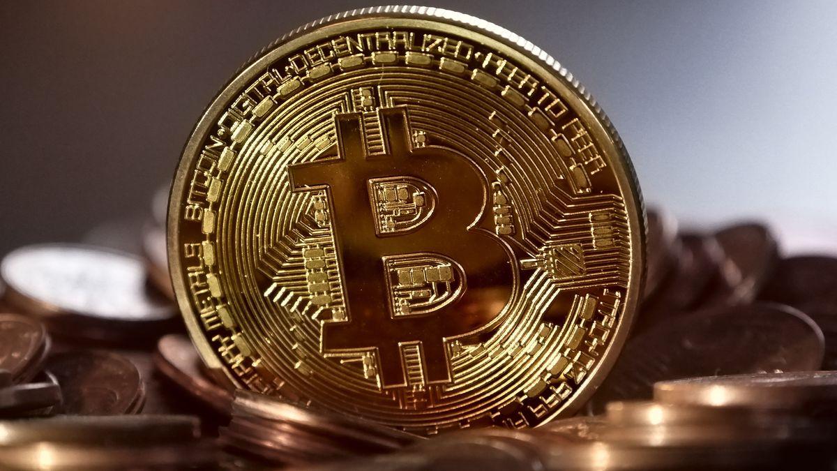 Musk přiživuje bitcoin. Jeho Tesla do měny investovala 1,5miliardy dolarů