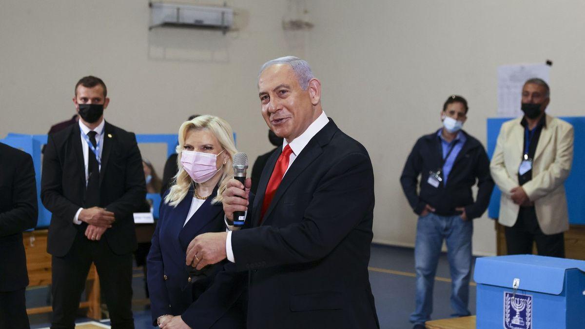 """""""Židovský král"""" Bibi opět zvítězil. Vládu ale sestaví jen těžko"""