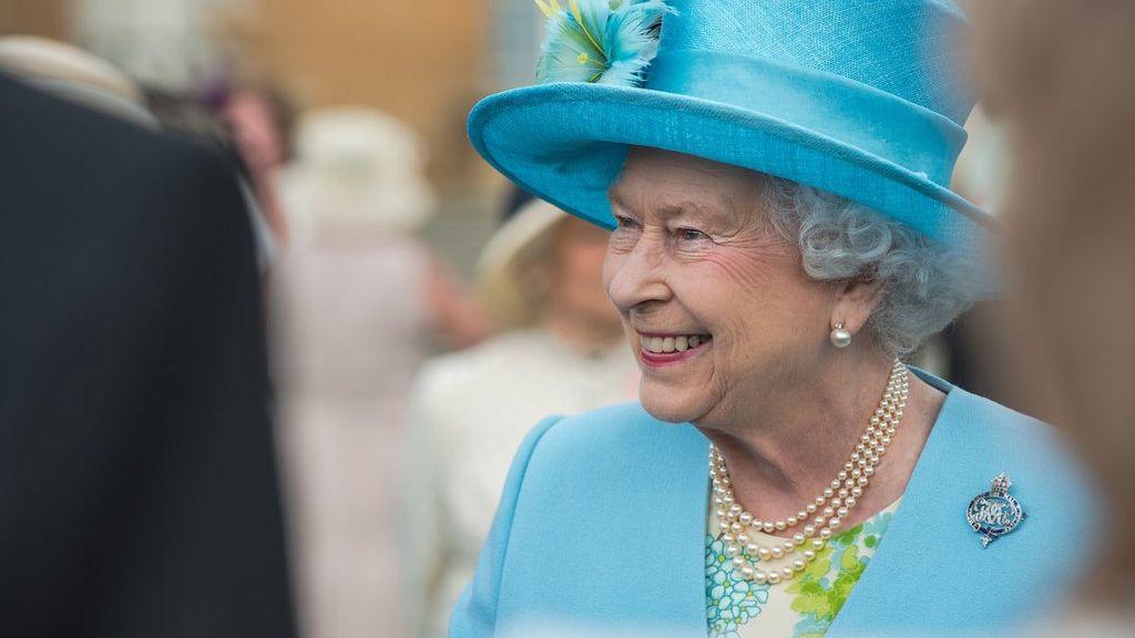 Pandemie zasáhla ibritskou královnu. Její zisky klesly omiliony liber