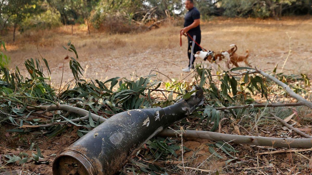Raketa mi dopadla asi kilometr od domu, říká obyvatel izraelského Aškelonu