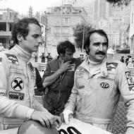 čtk: Niki Lauda. Dost možná nejokázalejší tým formule 1 v letech 1974 až 1976: Clay Regazzoni a Rakušan Niki Lauda ze stáje Ferrari. Téměř v každém závodě se Lauda dostal na pole position. Snímek z Monte Carla.