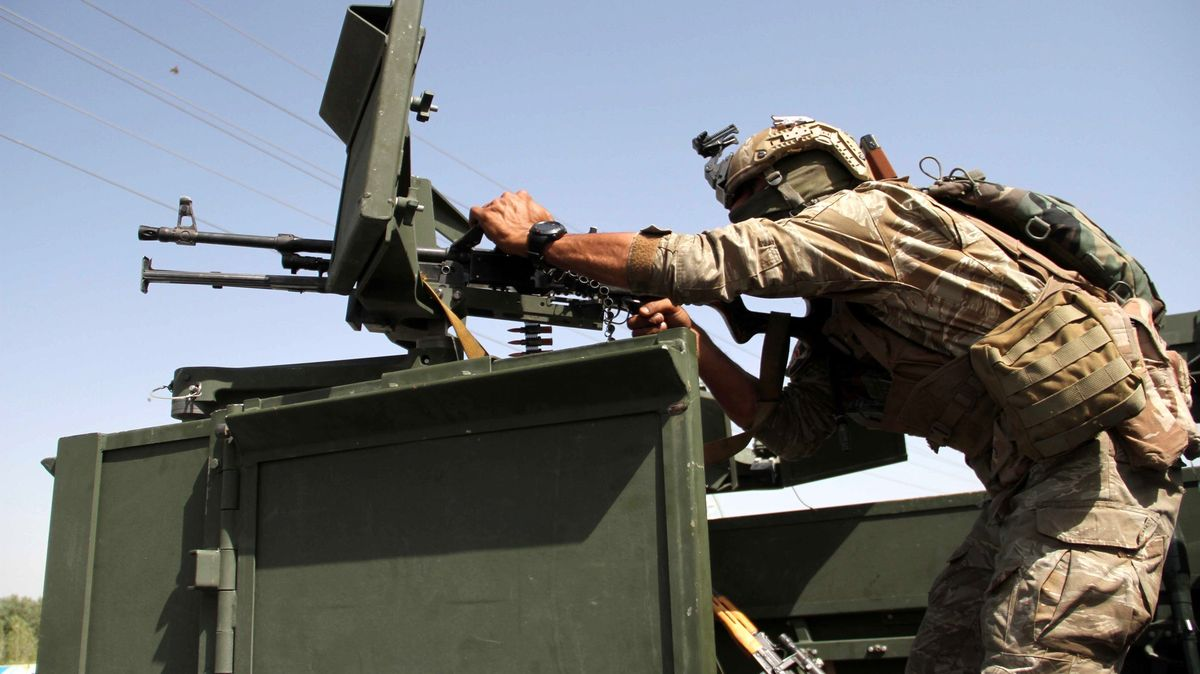 Boje vAfghánistánu pokračují. Na letiště vnoci dopadly tři rakety