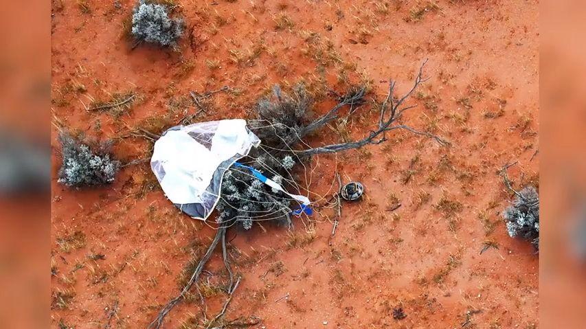 Video ukazuje, jak se na Zemi vrátila kapsle se vzácnými vzorky zasteroidu