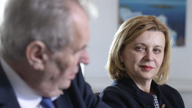 Vláda odvolala velvyslankyni vRakousku, kvůli sporu se Zemanem