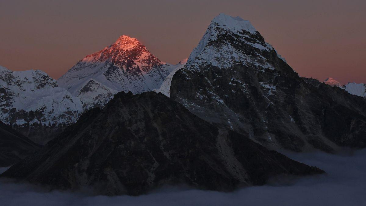 Zdolal Everest: Neprotivme si jej výkřiky oznečištění, mrtvolách a frontách