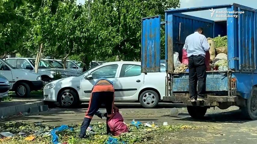 Covid dorazil zemi na pokraji katastrofy. Lidé rabují popelnice a nabízejí orgány