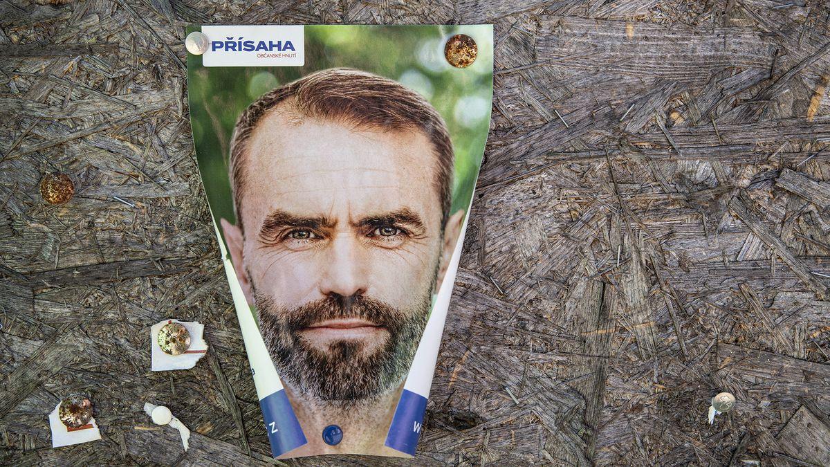 Šlachta staví volební tým podle protimafiánské jednotky, kandidáty lustruje