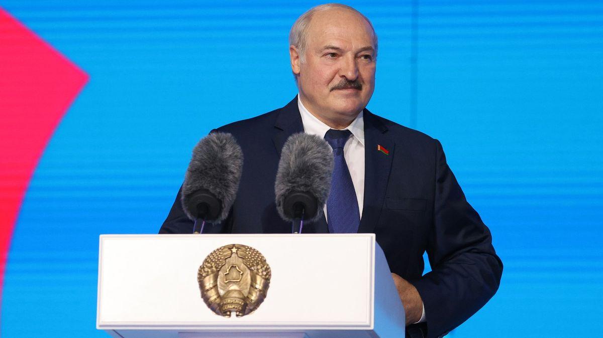 Lukašenko je paranoidní, říká litevský politik
