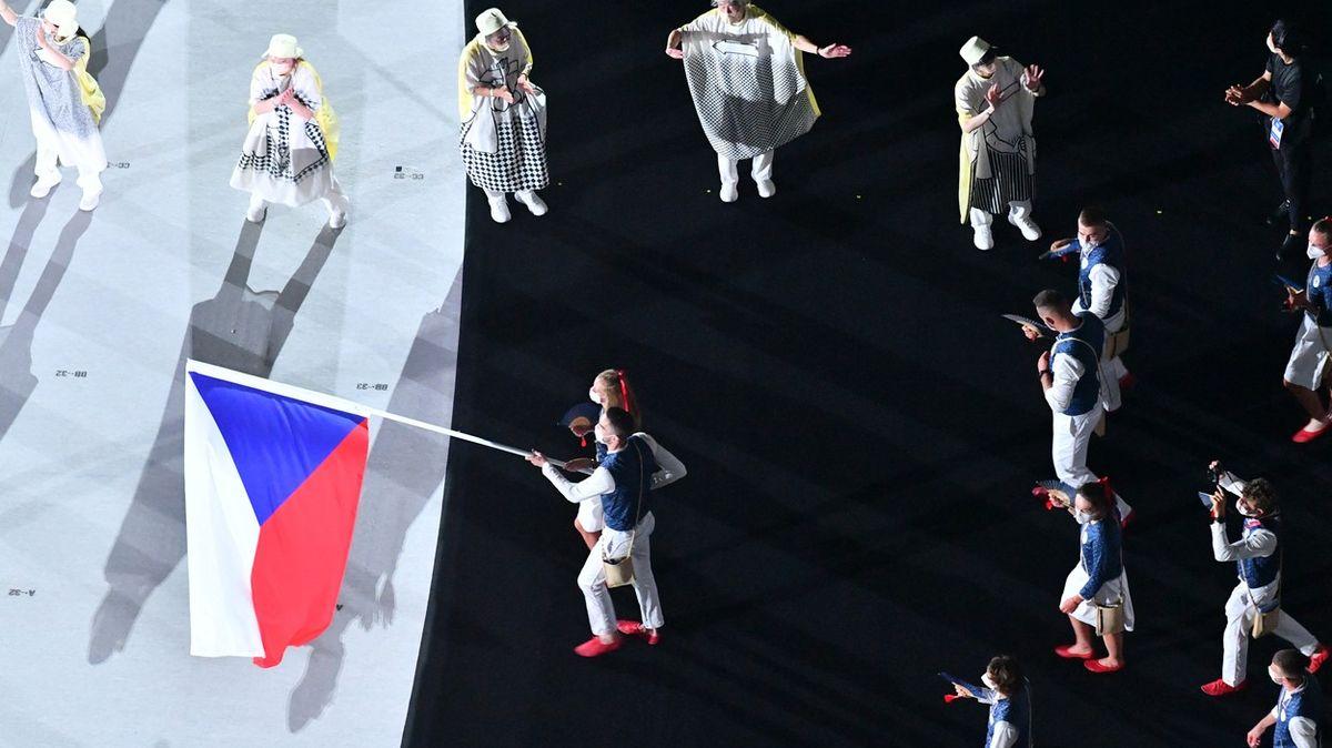 Fotky zTokia. Covidová olympiáda začala, Čechy přivedli Kvitová a Satoranský