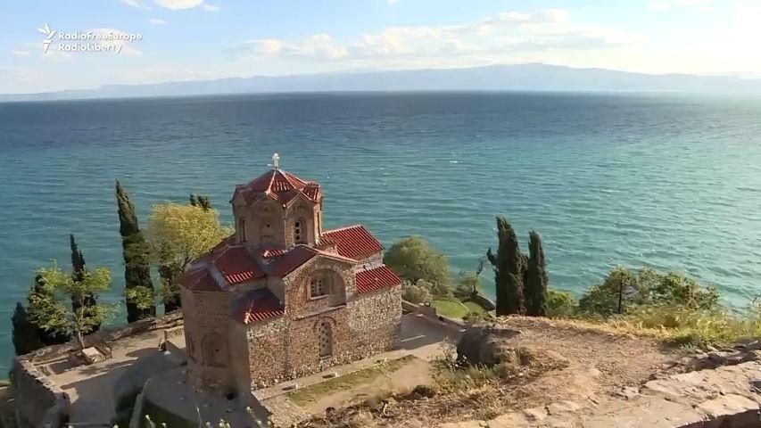 Makedonskému Ohridu hrozí kvůli černým stavbám vyškrtnutí zUNESCO
